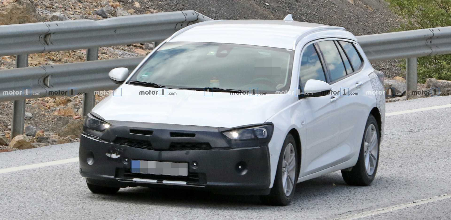 Opel Insignia Sports Tourer Spied Hiding Discreet Facelift