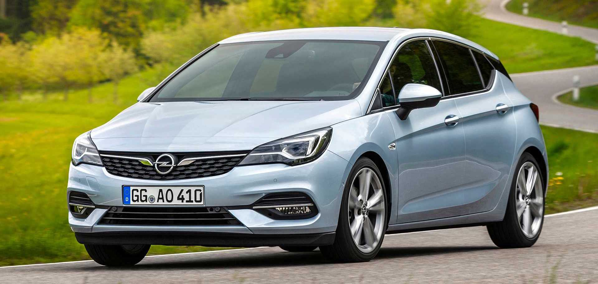 Opel Astra Facelift Debuts With Subtle Redesign, Major Tech Upgrades