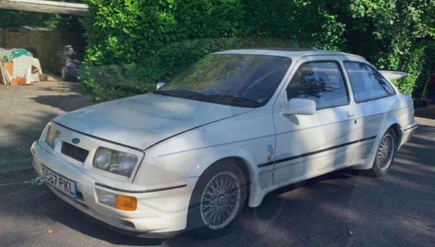 FORD FETCH-A Dusty Ford Sierra car stored in barn for 28 years sells at auction for £80k