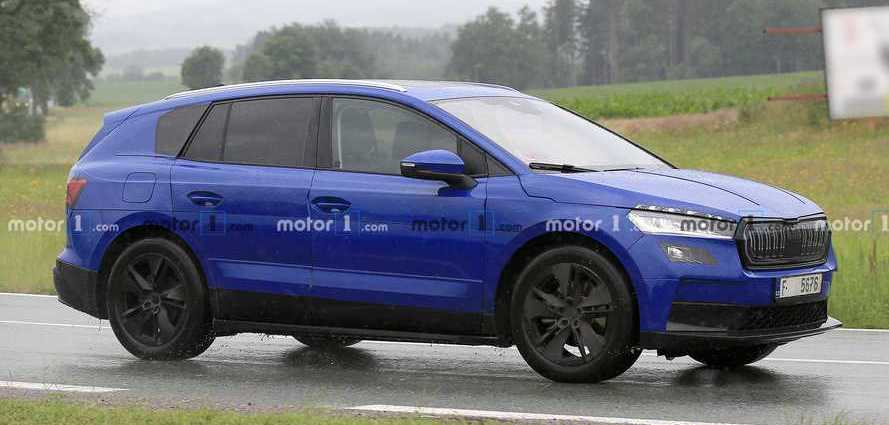 Skoda Enyaq Electric SUV Spied Wearing Deceptive Camouflage