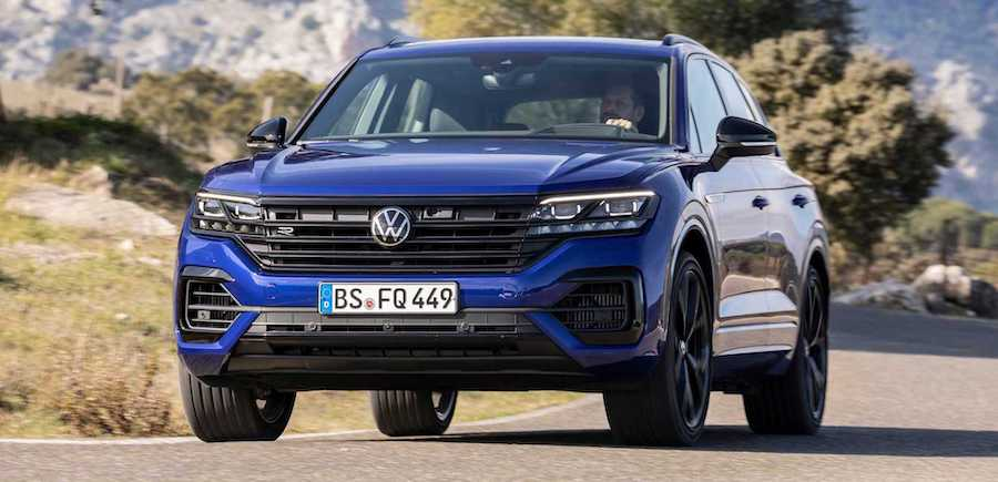 VW Touareg R Shows Impressive Acceleration In Onboard Video