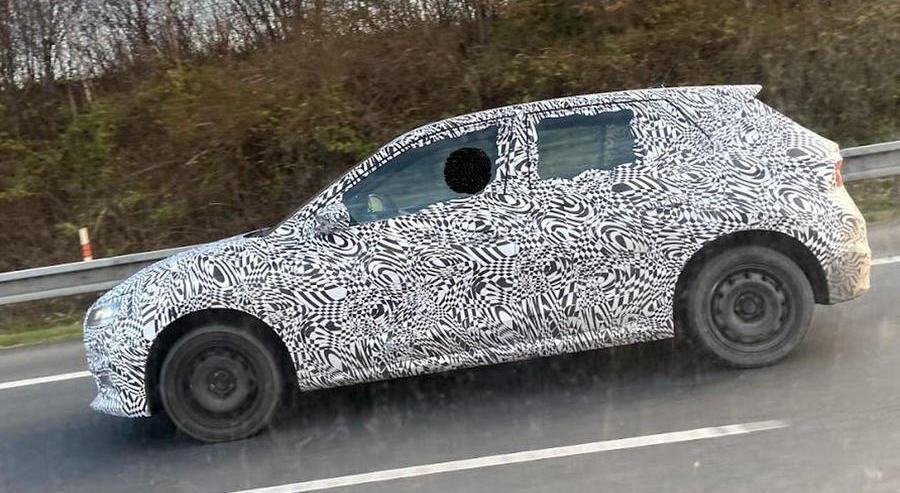 New 2021 Skoda Fabia: first sighting hints at design overhaul